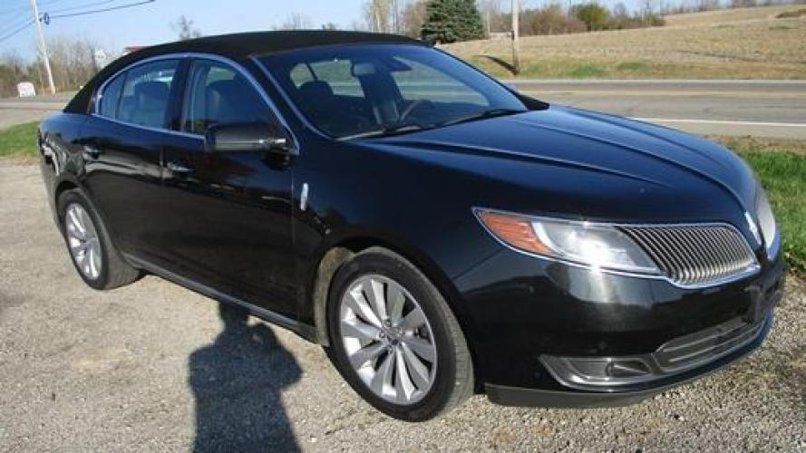 2014 Black /Black Lincoln MKS (1LNHL9EK7EG) with an 3.5L V6 DOHC 24V engine, 6-Speed Automatic transmission, located at 1725 US-68 N, Bellefontaine, OH, 43311, (937) 592-5466, 40.387783, -83.752388 - Photo #3