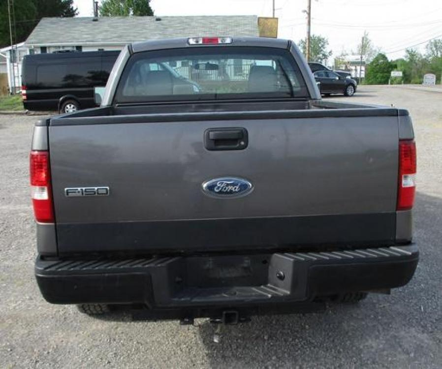 2008 Gray /Gray Ford F-150 (1FTRF12288K) with an 4.2L V6 OHV 12V engine, located at 1725 US-68 N, Bellefontaine, OH, 43311, (937) 592-5466, 40.387783, -83.752388 - Photo #7