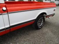 http://www.ohiolimo.com/autos/1970-Chevrolet-C10-Bellefontaine-OH-388 - Photo #33