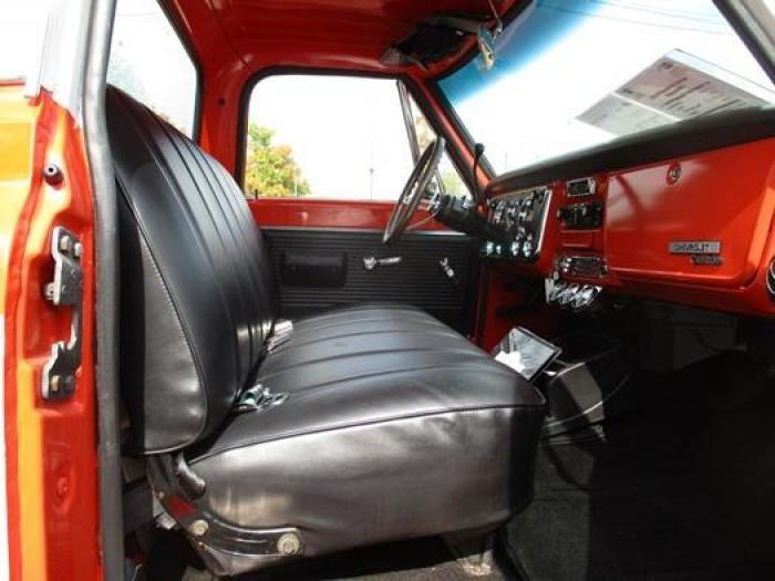 http://www.ohiolimo.com/autos/1970-Chevrolet-C10-Bellefontaine-OH-388 - Photo #36